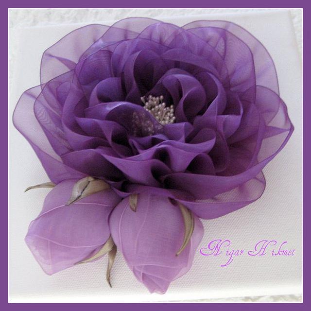 Как сделать цветы на платье из ткани