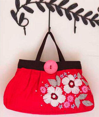 DIY-Style-Floral-Embellished-Handbag_full_article_vertical (324x384, 27Kb)