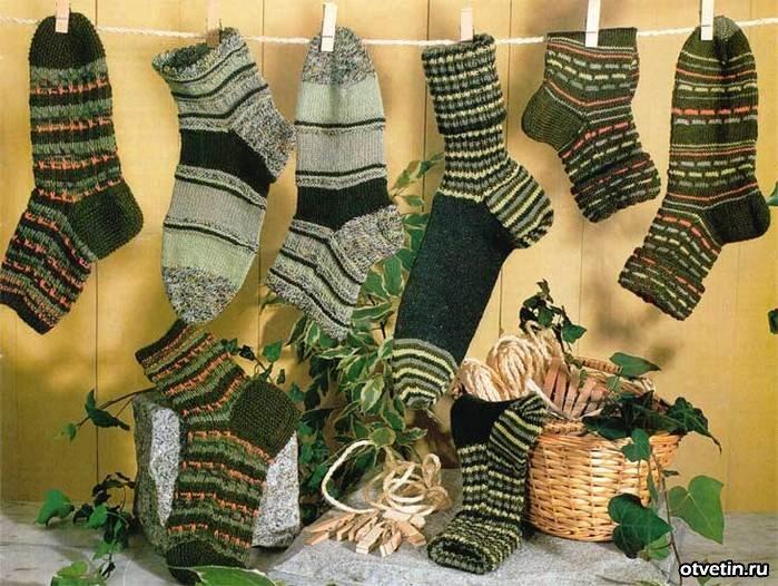 Вязанные носки: зеленые.