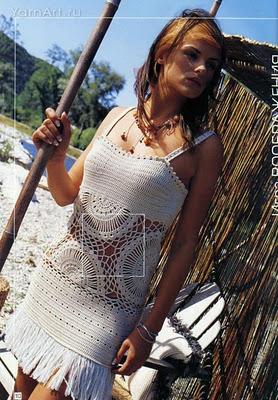 Описание: вязаные крючком пляжные платья.