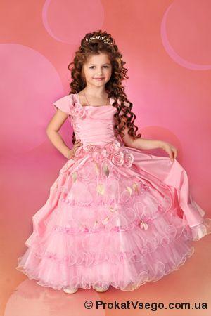 Нарядные платья для девочек к выпускным балам.