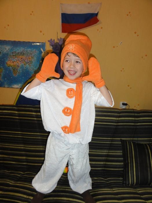 Снеговик для мальчика своими руками фото 483