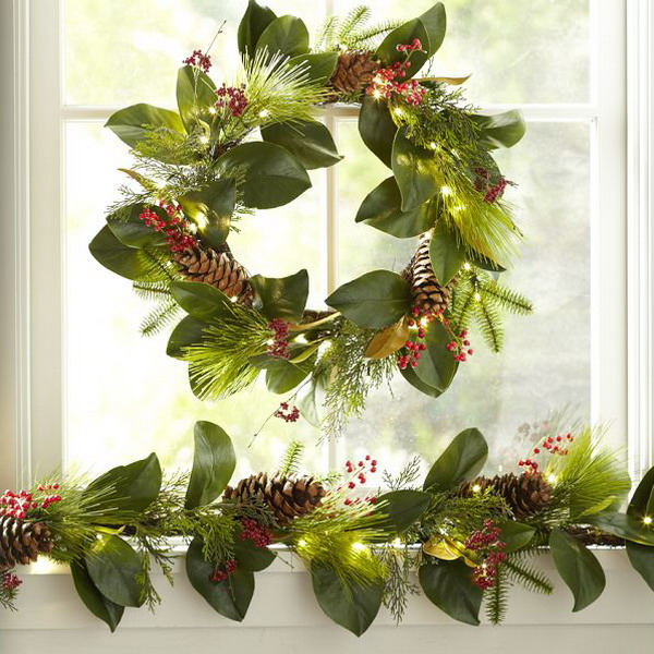 new-year-decorations-from-pine-branches-wreath2 (600x600, 124Kb)