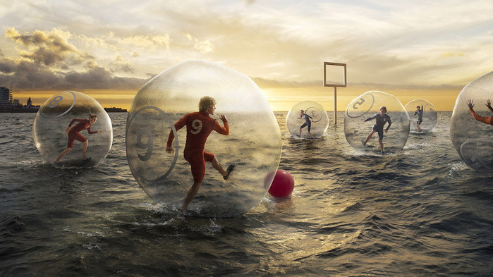 football-on-the-water-wallpaper-1366x768 (700x393, 111Kb)