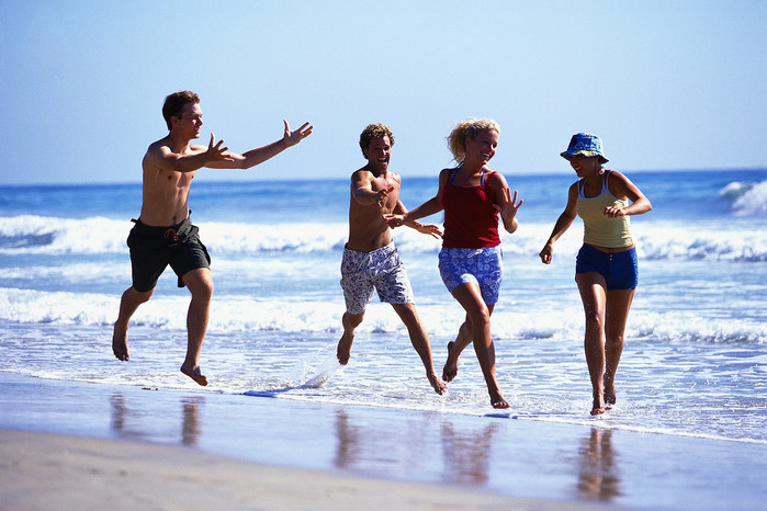 2447247_beach_running (700x466, 109Kb)