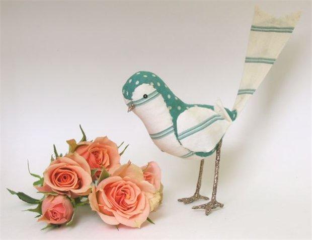 Винтажные птицы из ткани и кружев от Ann Wood. - Мир вязания и рукоделия