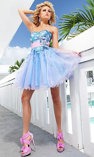 Красивые короткие платья на выпускной белого цвета сделают вас.