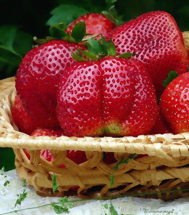 Открытки с ягодным юбилеем женщине