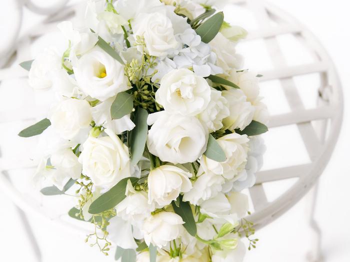 Открытка белые цветы букет