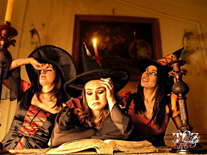 Для открытки, прикольные картинки с тремя ведьмами