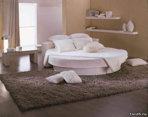 Круглые кровати, овальные и.