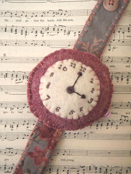 pinkwristwatch (525x700, 276Kb)