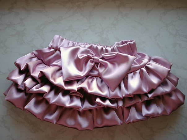 Пышная юбка из атласа для девочки