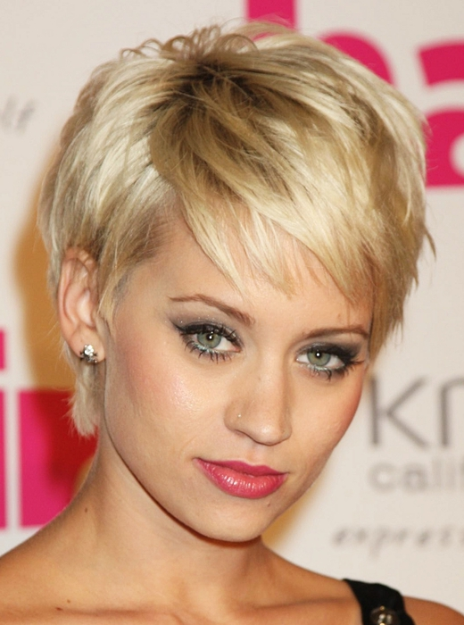 1318950042_short-pixie-crop-hairstyles-2011-3 (520x700, 226Kb)