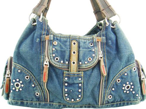 Сумки джинсовые ,вот прекрасный пример для подражание.  В принцепе сумки...