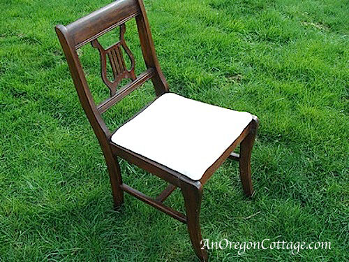Chair for bench before (500x375, 113Kb)