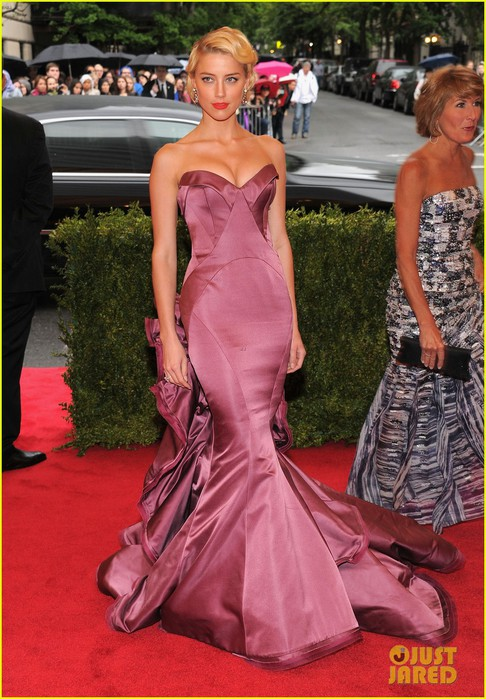 amber-heard-met-ball-2012-05 (486x700, 114Kb)