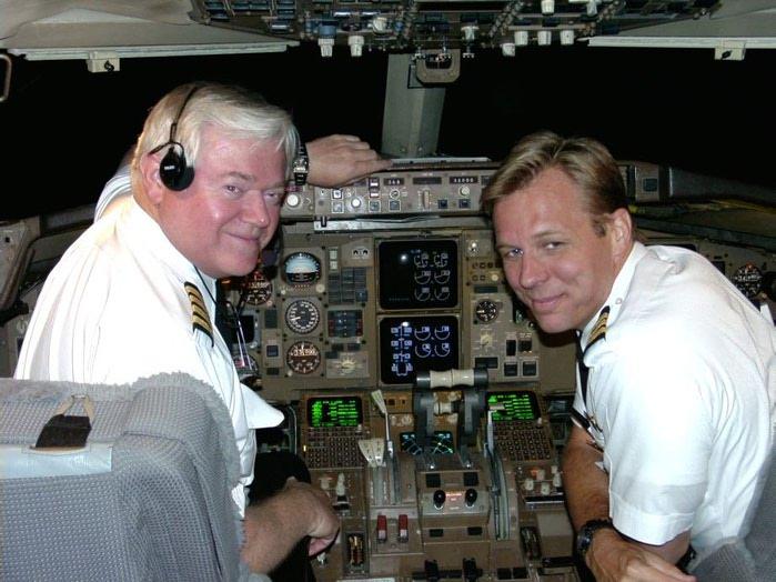 britie-mokrie-pilotam-onlayn-zhenskie
