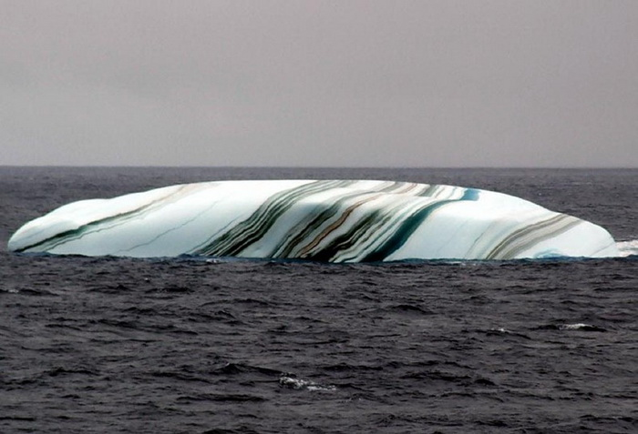striped-iceberg-6 (700x477, 98Kb)