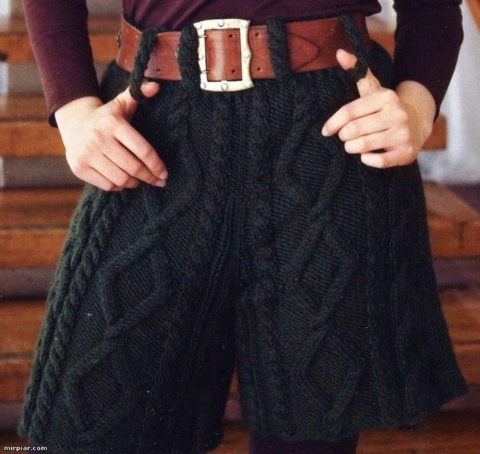 Пятница, 09 Вязаные шорты и вязаное платье для девочки + схемы.