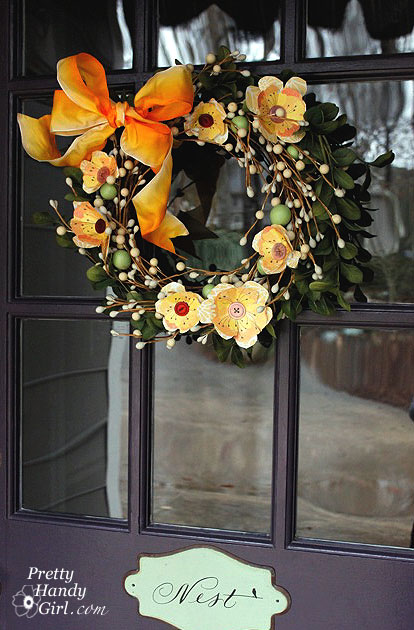 DoorandWreath (414x630, 106Kb)