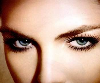 фото красивые голубые глаза