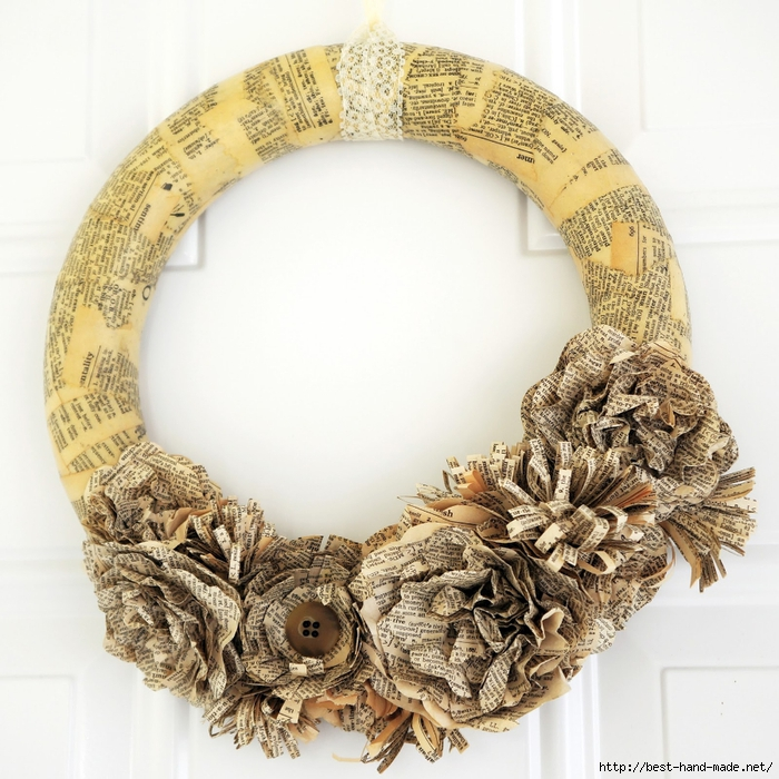 Dictionary Page wreath 1 (700x700, 355Kb)