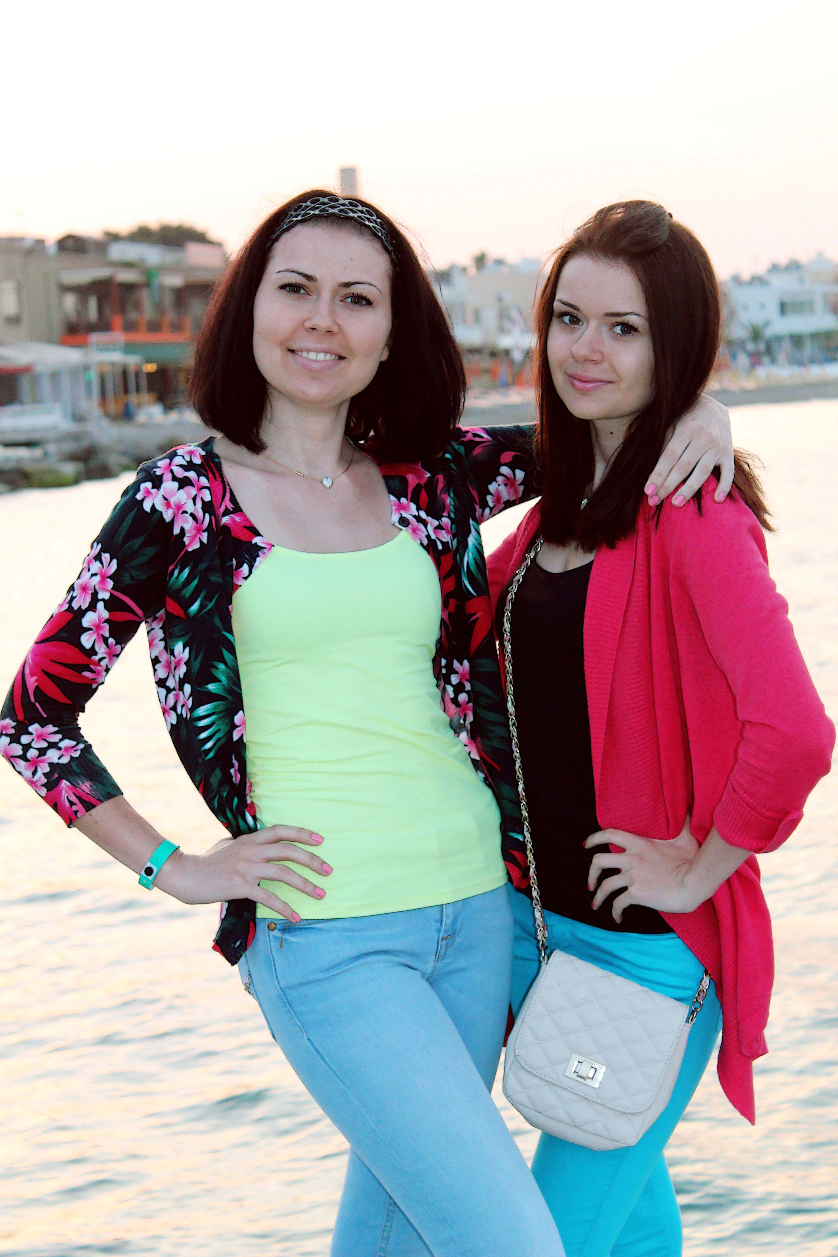 фото сайт знакомств девушка москва