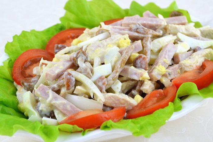 По-особому вкусный салатик для ценителей пикантного вкуса.