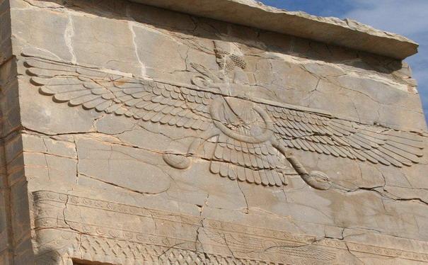 3387964_Letaushii_bog_egipet_ym (605x374, 88Kb)