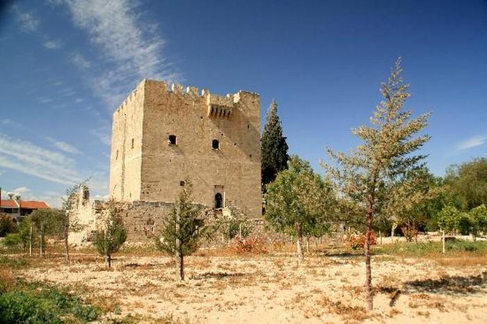 Замок Колосси - фото-путешествие на Кипр 2 (700x466, 107Kb)