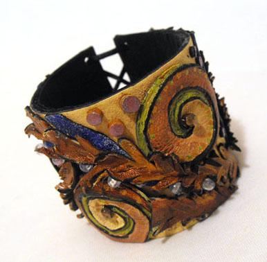 Женские украшения из кожи - Самые красивые и креативные украшения здесь
