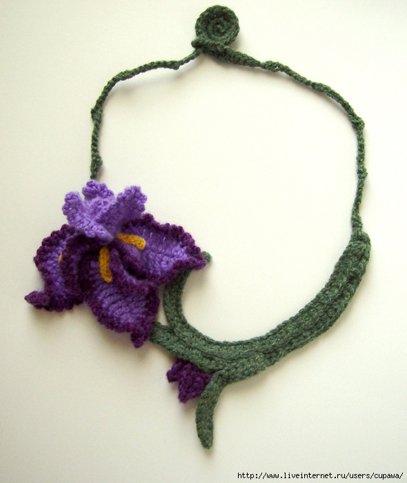 crochet_purple_iris_necklace_by_meekssandygirl-d39j2bd (590x700, 264Kb)