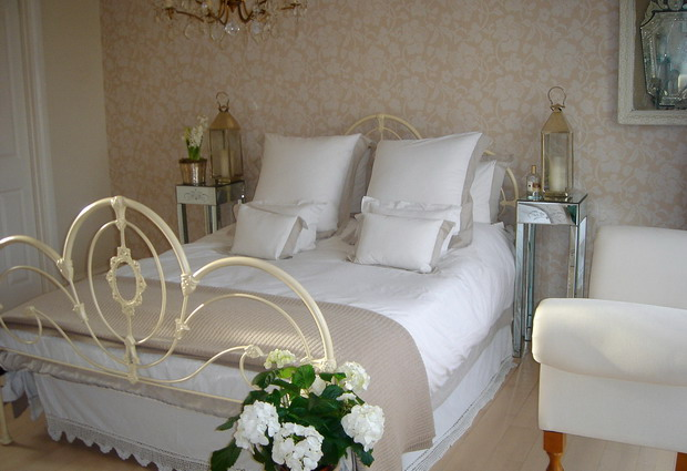 4497432_beautifulenglishbedroom22 (620x425, 68Kb)