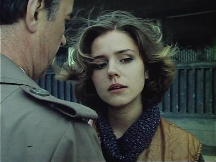 Голая Грудь Аурелии Анужите – Цветы От Победителей (1999)