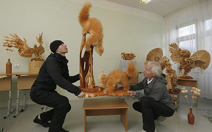 Sergey-Bobkov-Woodchip-Carvings-2 (700x437, 87Kb)