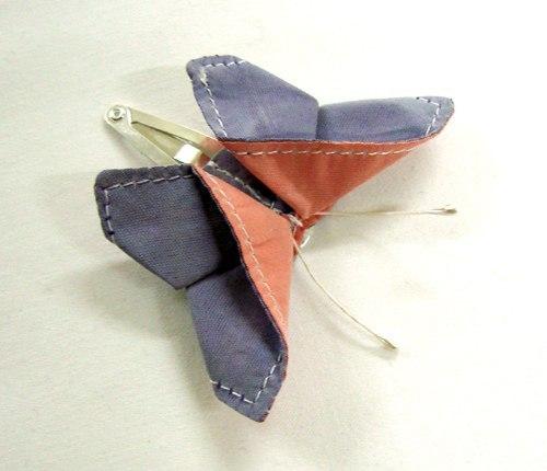 Бабочка заколка из ткани
