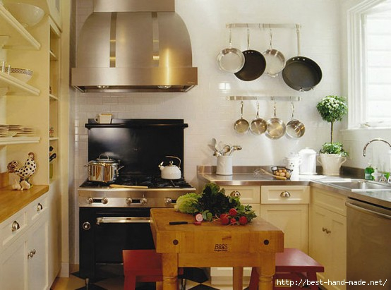 small-but-good-equipped-kitchen-554x411 (554x411, 120Kb)