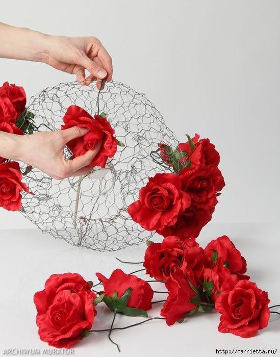 Декоративная люстра из красных цветов Домашние секреты - уют в доме своими руками!