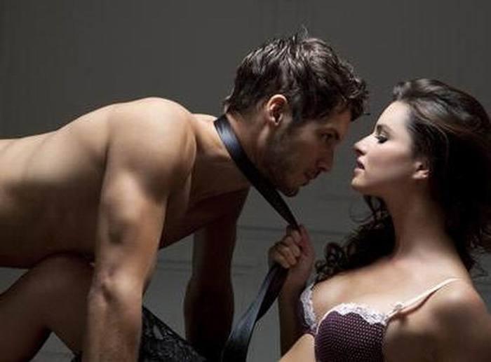 Чулках куколками порно доминирования мужчины