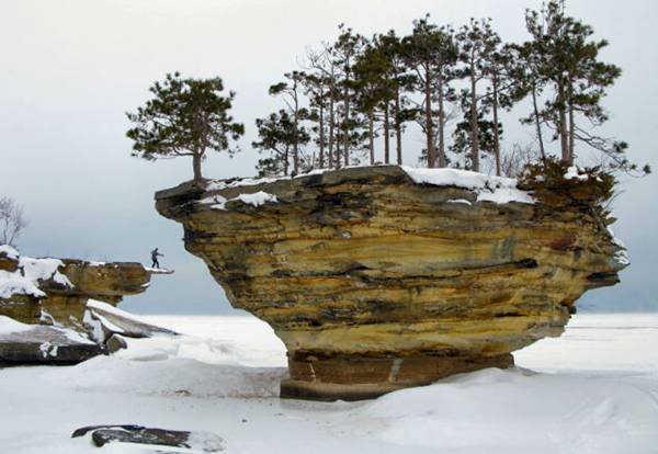 Turnip-Rock-Lake-Huron-016 (600x414, 38Kb)