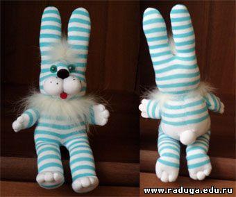 Зайцы из носка своими руками