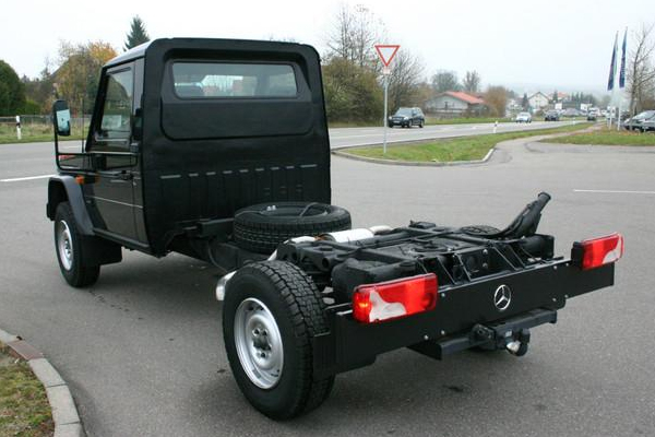 mercedes benz g 300 cdi professional fahrgestell u4enikgarage. Black Bedroom Furniture Sets. Home Design Ideas