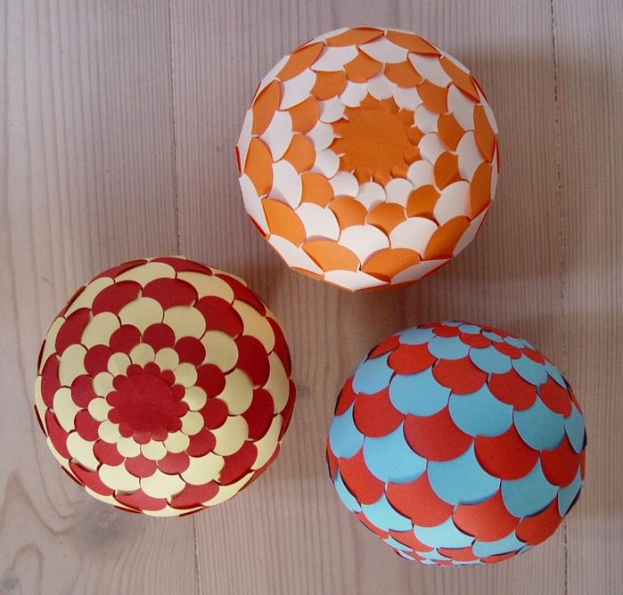 Поделки из бумаги навагодние шары - Поделки своими руками