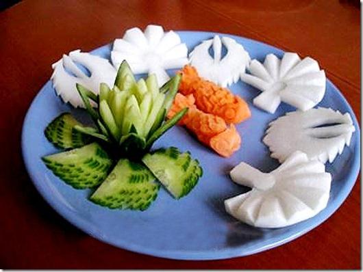 Вырезать цветы из овощей - Изготавлимаем цветы