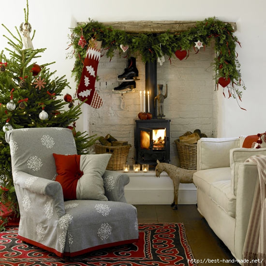 Armchair-and-New-Year-decoration (550x550, 206Kb)