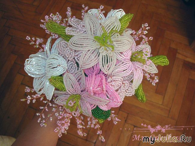 Экзотические цветы из бисера мастер класс с фото #1