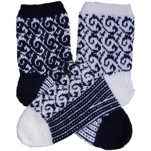 Senta_mirrored_socks_medium2 (640x640, 728Kb)