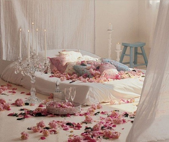 beautiful-bedroom-interior-ideas-for-valentines-day-2-554x466 (554x466, 67Kb)