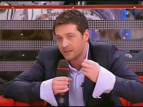 Декольте Жанны Эппле – Сумасбродка (2005)
